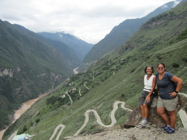 A day in Shangra-La: Leaping Tiger Gorge hike