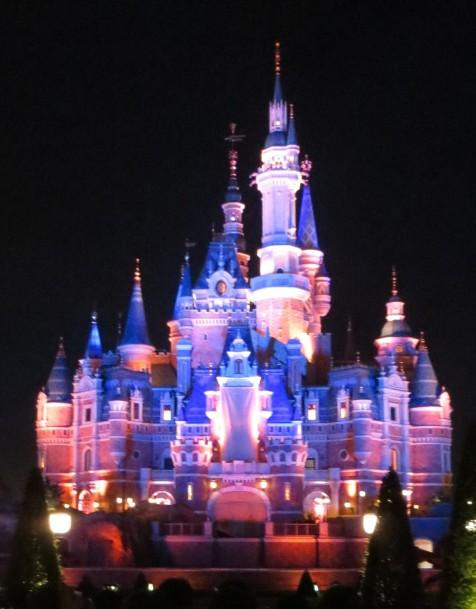 Shanghai Disney Cinderella castle