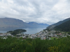 queenstown-hill-hike-500-meters-best-queenstown-2017-01-02-061
